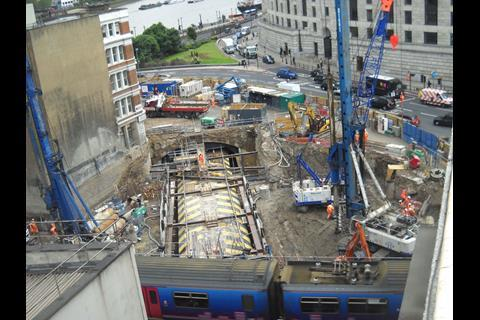 Blackfriars station foundations